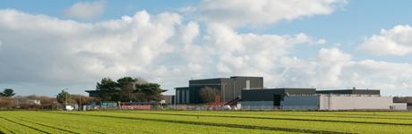 Vue de l'usine de Lézinadou